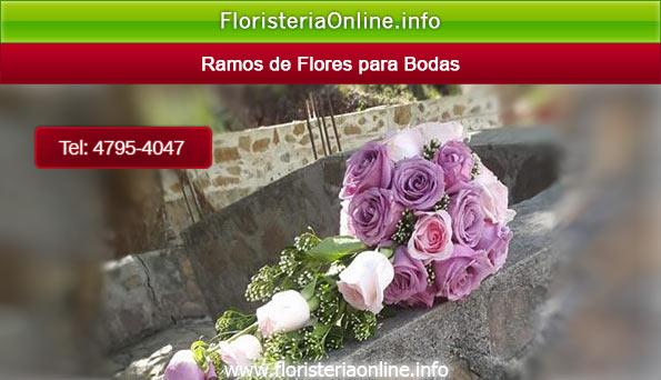 Ramo de rosas para novias en el día de su boda de ensueño